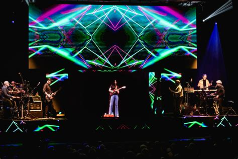 Frank Zappa Hologram Tour Review – Rolling Stone